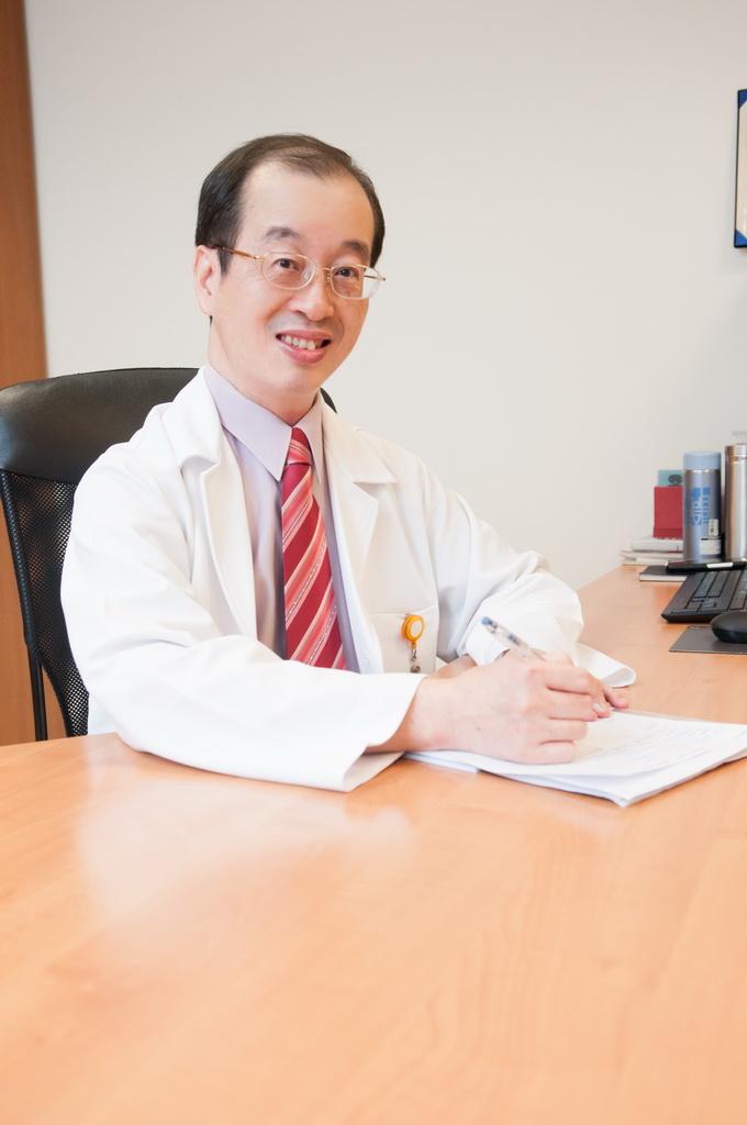黃忠信 醫師